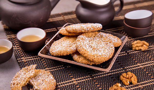 Chinese nut cookies