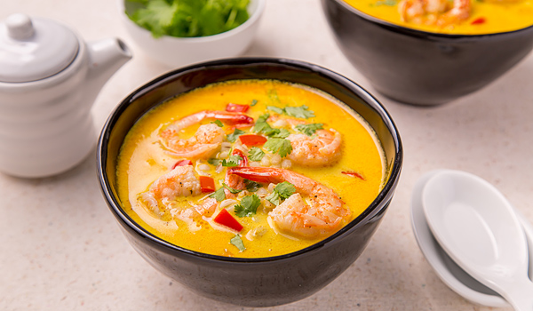 Thai Soup with Shrimp and Coconut Milk